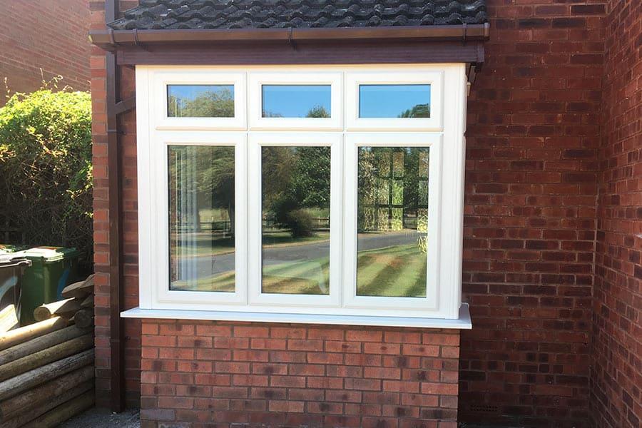 Upvc bay windows in cheddar somerset majestic designs for Bay window designs uk