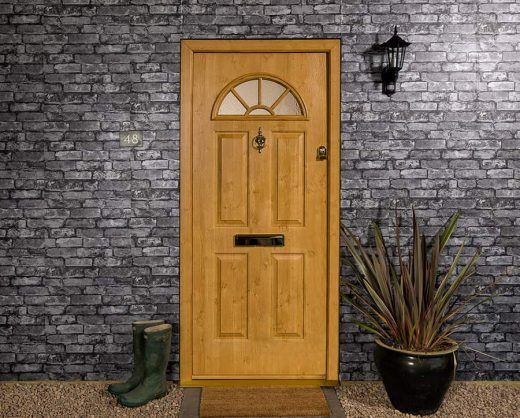 Irish oak effect composite door